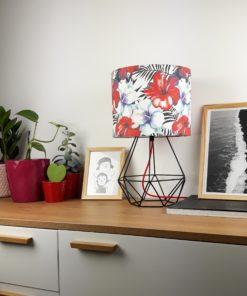 Lampa nowoczesna stolowa z kolorowym abazurem