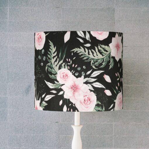 abazur czarny w kwiaty