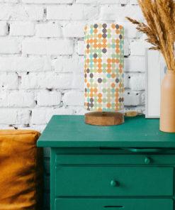 lampa drewniana stołowa z abażurem w retro kropki