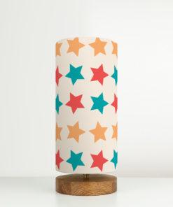 lampa retro stojąca z abażurem we wzór gwiazdek