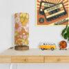 lampa stołowa retro z abażurem w kwiaty