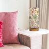 lampa dekoracyjna różowa z abażurem