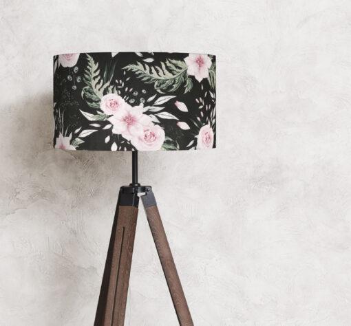 abażur na lampę stojącą czarny w różowe kwiaty 35 cm