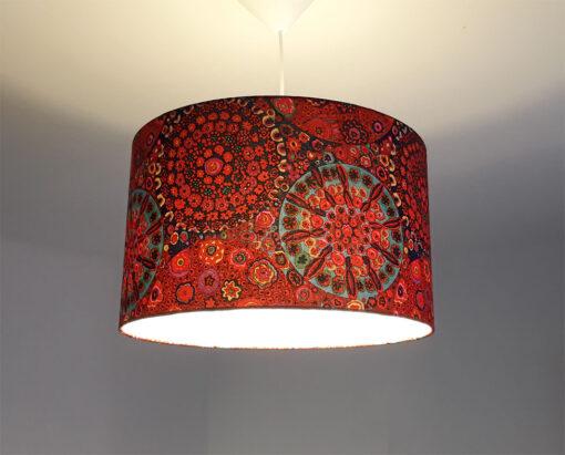 abażur czerwony z tkaniny do zwisu
