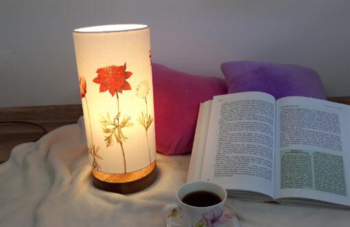 lampa stołowa z abażurem dekoracyjna