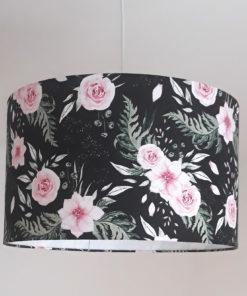 abażur czarny w kwiaty do lampy wiszącej, sufitowej