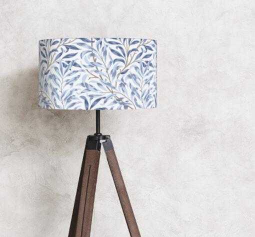 abażur biało-niebieski william morris na lampę podłogową stojącą