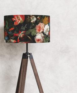 abażur czarny na lampę stojącą podłogową w kwiaty