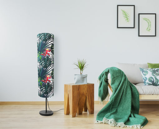 lampa podłogowa dekoracyjna z abażurem