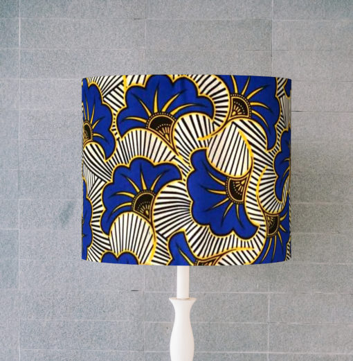 abażur klosz biało- niebieski cylinder afrykański