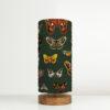 lampa zielona z abażurem ćmy
