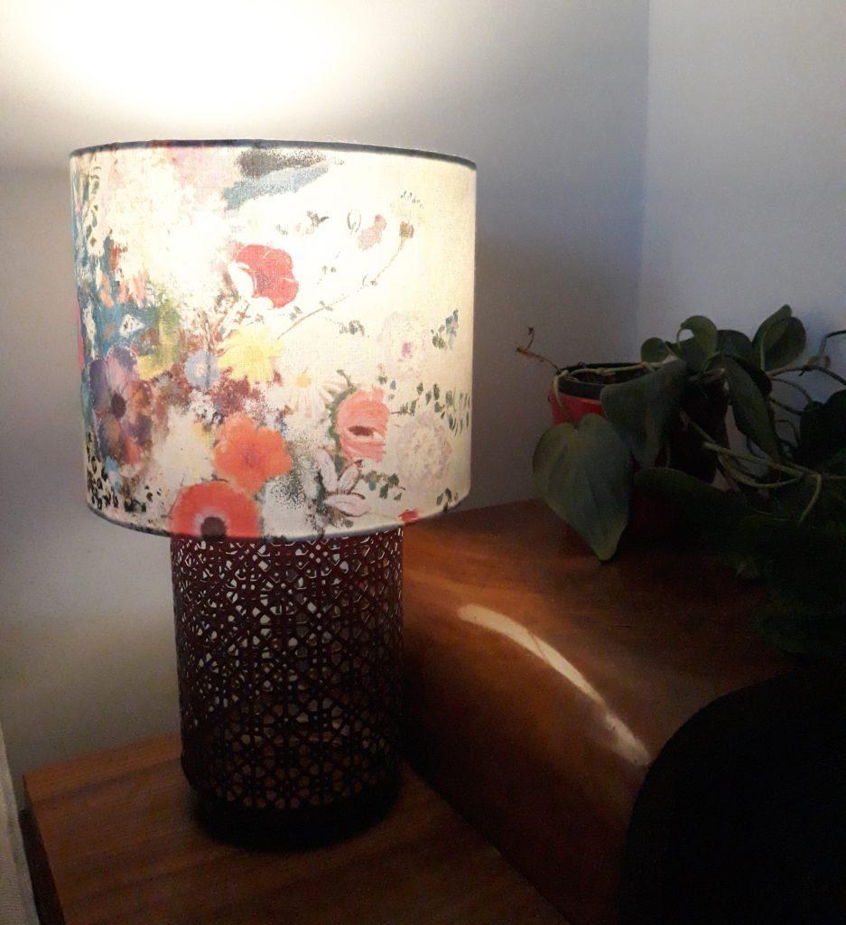 jak zrobić lampę stołową