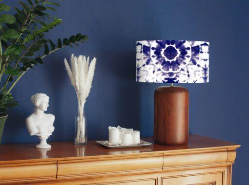 abażur niebieski shibori na lampę stojącą